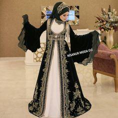 Kiralik 1 kaftanlar fotograf ekimi demduygu g zel k z m z nursumeyyecetin Beautiful Dress Designs, Most Beautiful Dresses, Hijab Wedding Dresses, Indian Gowns Dresses, Muslim Girls, Muslim Women, Modest Fashion, Fashion Dresses, Couple Wedding Dress