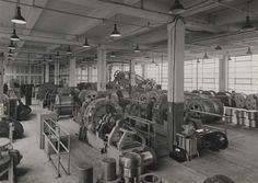 Building 46, West Woolwich Factory, second floor looking north west, machine shop, 1936. IET Archives NAEST 211/02/15/05 C.2426