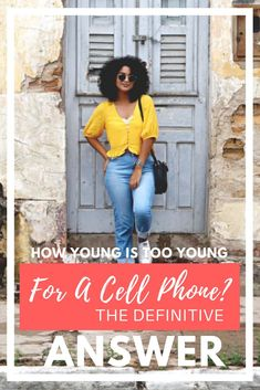 how young is too young for a cell phone Anti Bullying Activities, Bullying Lessons, School Age Activities, Kid Activities, Parenting Articles, Parenting Hacks, Parenting Plan, Internet Safety For Kids, Cell Phones In School