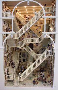 The stairs at Hogwarts in miniature, amazing!