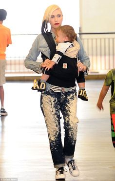 Gwen Stefani and Gavin Rossdale take their boys Kingston, Zuma and Apollo to the movies (June 7, 2015)