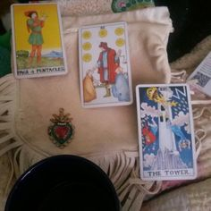 Creative Indie that handcrafts magical aromatherapy blends that have traveled through my lineage for many moons. I throw tarot, mix oils and share testimony. I am a magnet for miracles and I love cake