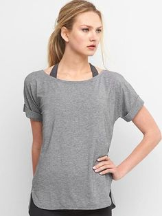 Gap Womens Gapfit Breathe Roll Sleeve Tee New Heather Grey Workout Tops For Women, Baby Kids Clothes, Gap Women, How To Roll Sleeves, Fabric Design, Tunic Tops, T Shirts For Women, Tees, How To Wear