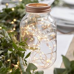 LED-slinga i roséguld - Beautiful Botanics #Bröllopsdekorationer #Ljusslinga #bröllop