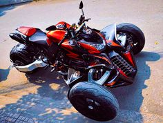Kawasaki Z1000 Reverse Trike. http://motosaigon.vn/z1000-do-3-banh-v2-kiet-tac-cua-motor-phi-long.html