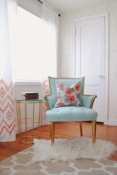 House of Turquoise: Classy Clutter