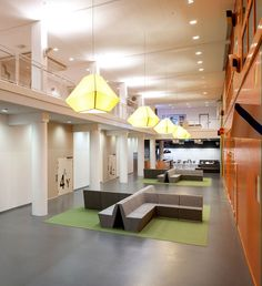Karolinska Institutet: Future Learning Environments by Tengbom-Solna-Sweden