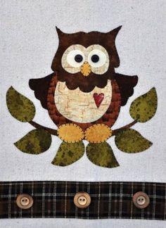 Little-Hoot-Owl-Wooden-Bear-Quilt-Designs-Applique-Pattern-tea-towel-P26