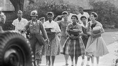 September 25, 1957: the Little Rock Nine integrate Central High School in Little Rock, AR. #CivilRights