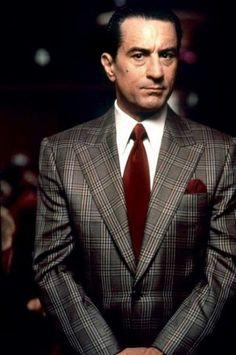 Robert De Niro plays Sam (Ace) Rothstein in Casino
