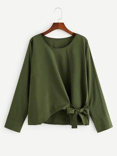Shop Plus Knot Hem Asymmetrical Blouse online. SHEIN offers Plus Knot Hem Asymmetrical Blouse & more to fit your fashionable needs. Plus Size Bikini Bottoms, Women's Plus Size Swimwear, Plus Size Blouses, Plus Size Dresses, Plus Size Outfits, Blouse Styles, Blouse Designs, Plus Size Kleidung, Modelos Plus Size