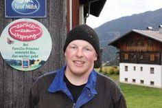 Das wahre Leben der Bergbauern: Johannes Prinster ist einer von 120 betroffenen Milchbauern, die aus dem ZzU-Projekt aussteigen müssen. Johannes, Real Life