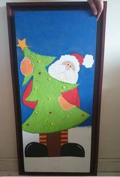 Christmas Door Decorations, Classroom Door, Christmas Projects, Doors, Holiday, Christmas Vases, School Doors, Christmas Door, Christmas Activities