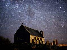 Go to NZ and go star gazing.The New Zealand night sky - pictured here above the Church of the Good Shepherd on the South Island - has been designated one of the best places for stargazing on the globe The Places Youll Go, Great Places, Places To Go, Beautiful Places, Amazing Places, Peaceful Places, Ciel Sombre, Brighton, Lake Tekapo