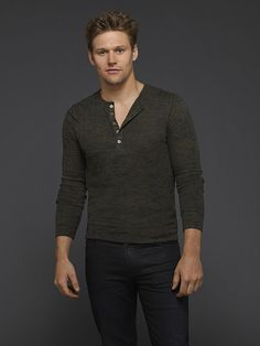 Zach Roerig as Matt Donovan on The Vampire Diaries Season 6