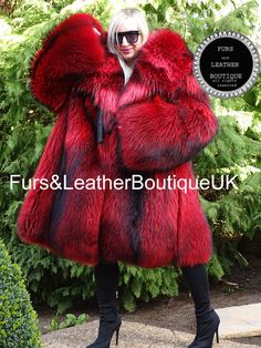 Fox Fur Coat, Parka Coat, Parka Style, Skin To Skin, Purple Satin, Fur Fashion, Wow Products, Mantel, Ferrari
