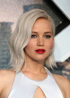 """""""A just-above-the-shoulder cut with subtle layers at the ends is a great look for fall,"""" says Potempa. """"You can style it with soft waves or wear it sleek and straight—it's really versatile."""" For a more updated look, try out Jennifer Lawrence's semi-retro waves instead of the usual textured, beach waves you've been rocking all summer long."""