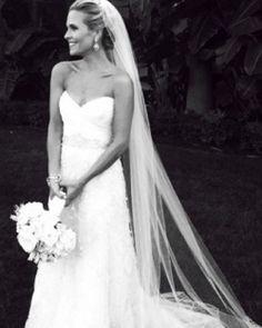 Sally Pressman in Kenneth Pool love the long veil Wedding Bells, Wedding Events, Our Wedding, Wedding Gowns, Dream Wedding, Backless Wedding, Bouquet Wedding, Trendy Wedding, Wedding Reception
