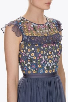 The Flowerbed artwork is inspired by formal English gardens Precise clusters of small flowers create a softly engineered layout reflecting the English Garden inspiration. Pretty Outfits, Pretty Dresses, Beautiful Outfits, The Dress, Dress Skirt, Myanmar Dress Design, Cluster, Embellished Dress, Embroidery Dress