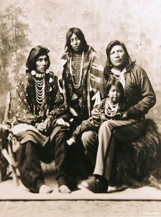 Fort Hall, Idaho was a stop that became very interesting and enlightening. The Reservation of the Shoshone-Bannock Tribes. Native American Pictures, Indian Pictures, Native American Tribes, Native American History, American Women, American Clothing, Native Indian, Before Us, First Nations
