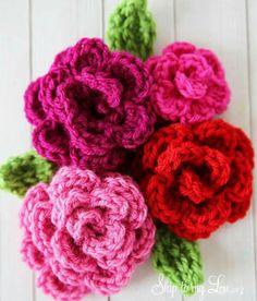 Herkese mutlu haftasonlariiii  #knitting #knitted #knittingdesign #knittingdoll #knittinglove #crocheting #crocheted #orgu #crochetlife #crochetaddict #crochetblanket #tığisi #elisi #baby #battaniye #cocuk #happy #color #crochetbraids #decor #dekor #flowers #world #cicek by elisiminrengi