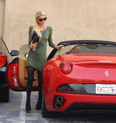 A bra-less Paris Hilton nips around LA in her brand new Ferrari California convertible Affordable Sports Cars, Ferrari California, Ferrari Car, Top Cars, Car Girls, Latest Fashion Trends, Fashion Brand, Fashion Outfits, Clothes For Women