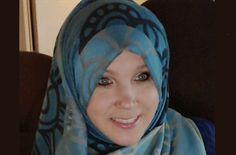 Canadian Revert Muslimah