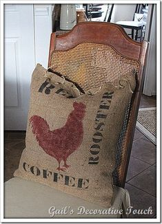 Burlap Pillow…from an old feed sack. Burlap Projects, Burlap Crafts, Decor Crafts, Sewing Projects, Art Projects, Burlap Sacks, Burlap Pillows, Throw Pillows, Decorative Pillows