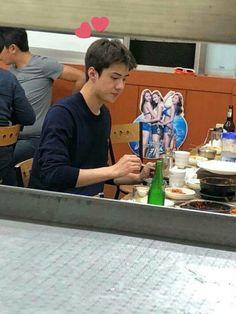 "sehun pics on Twitter: ""… "" Kris Wu, Chanyeol, Sehun Cute, My Little Baby, Darling In The Franxx, Exo Members, Korean Celebrities, Boyfriend Material, Future Husband"