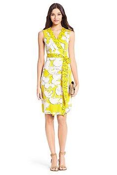 New Yahzi Short Silk Jersey Wrap Dress In Eden Garden Yellow/ Sunlight