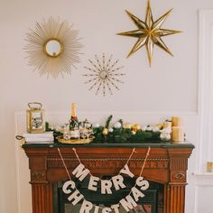 See our glamorous holiday mantel with @Pottery Barn #onggtoday // photo by @kateannphotography #ggholiday