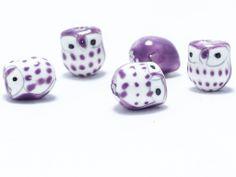Búhos de cerámica: lila - #Beryllos: #abalorios, #cuentas y #fornituras.