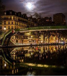 La touche française- canal Saint Martin Paris