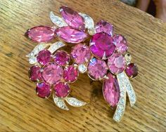 Vintage Ice Eisenberg signed Pin Brooch Pink and Fuchia