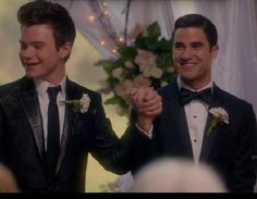 Blaine's face here?  He's so freaking happy!  Oh, it warms my heart something fierce to see him so happy after being so miserable for so much of this season.