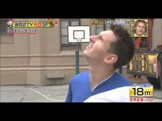 YouTube Football Challenges, Messi Soccer, Tv Show Games, Lionel Messi, Soccer Ball, Goals, Japanese, Baseball Cards, Sports