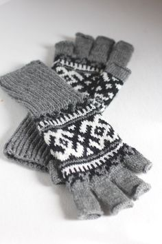Chinook Fingerless Gloves - Jared Flood pattern, but she's got some tips to share