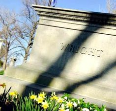 The Wright brothers' grave - Woodland Cemetery and Arboretum, Dayton, USA http://mentalfloss.com/article/63801/grave-sightings-wright-brothers