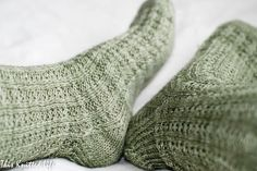 Free Blueberry Waffle sock pattern. Perfect beginner (or expert) sock knit!