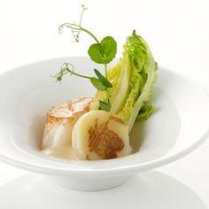 Gebakken coquilles met beurre blanc, gekonfijte aardappel en dragon - Maison van den Boer !