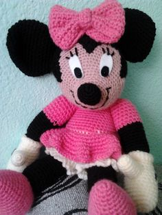 Crocheted Minnie Mouse Free Crochet Pattern 코바늘