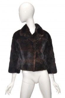 Hnědý norkový kožich paleto podélné pruhy 34  #kozich #paleto #kuze Fur Coat, Vogue, Jackets, Fashion, Down Jackets, Moda, Fashion Styles, Fashion Illustrations, Fur Coats