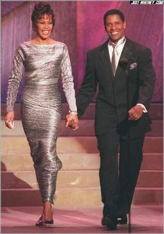 Whitney Houston and Denzel Washington. annual NAACP Image Award 29 April They would've made a great couple in real life. Beverly Hills, Whitney Houston Pictures, Afro, Vintage Black Glamour, Denzel Washington, Before Us, African American Women, Victoria, Celebrity Pictures