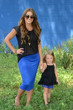cobalt blue + black // mommy & little one Mother Daughter Dates, Mother Daughter Matching Outfits, Mother Daughter Fashion, Mom Daughter, Matching Family Outfits, Daughters, Mommy And Me Shirt, Mommy And Me Outfits, Girl Outfits