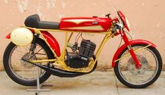 Vintage Moped, Custom Moped, Yamaha Cafe Racer, Mobile Art, 50cc, Retro Home Decor, Cars And Motorcycles, Motorbikes, Brat Cafe