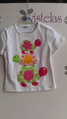 VÍSTELAS: Colección PRIMAVERA-VERANO Niña Applique Stitches, Baby Applique, Applique Patterns, Applique Designs, Embroidery Applique, Sewing Projects For Kids, Sewing For Kids, Trendy Baby Boy Clothes, Embroidery On Clothes