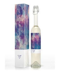 20 bouteilles de vin au design graphique unique - Manufacture créative Aether Concept : Graphisme print, conception web et formation à Saint-Brieuc, Rennes et en Bretagne