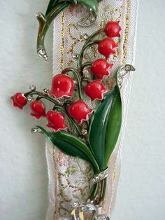 TRIFARI red lily-of-the-valley two-pronged clip circa 1940