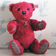 #Steiff Limited Edition 25cm #Ruby Teddy Bear. Only 2000 ever made, making this highly unique gift perfect for the Ruby Wedding #Anniversary.