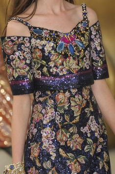 Chanel Fall 2010 - Details